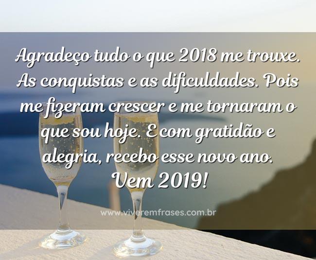 Agradeço Tudo Vem 2019 Bela Imagem Com Frase Viver Em Frases
